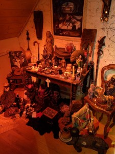 voodoo-altar